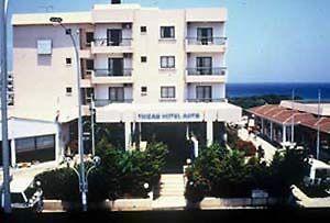hotel apts trizas プロタラス